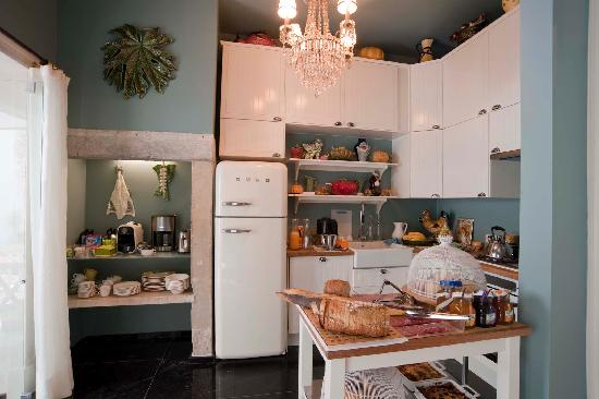 Casa Amora Guesthouse: Kitchen Casa Amora