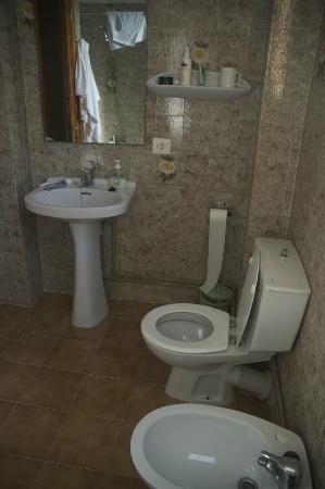 Apartamentos Bressol: Bathroom