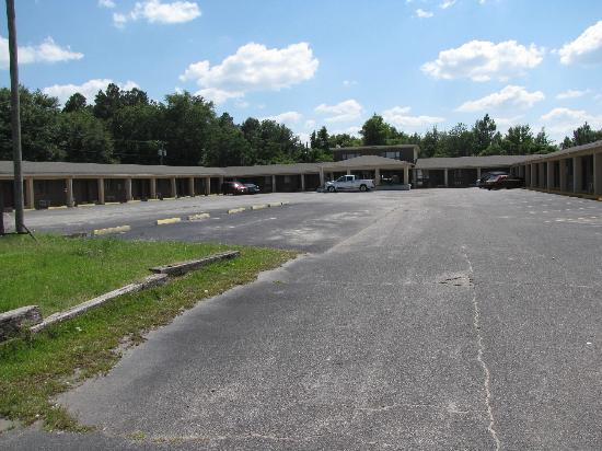 Swainsboro, جورجيا: front view 