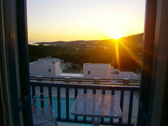Pyrgaki Hotel: Sundowner
