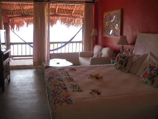 Aura del Mar Hotel: Noyoltzi Suite Main Bed Room
