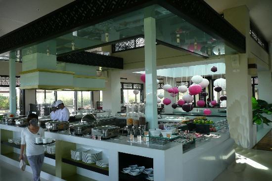 Fusion Maia Da Nang : Lounge / Bar / Frühstücksräume