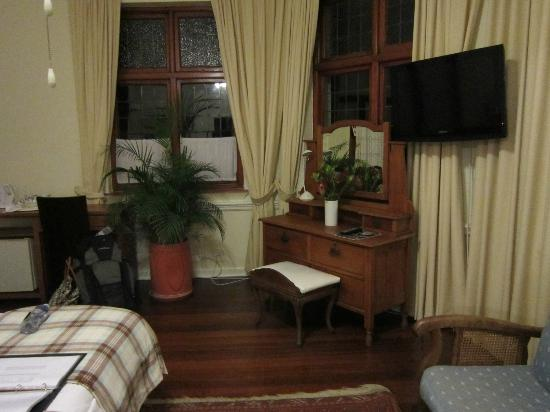 Brenwin Guest House: Select room