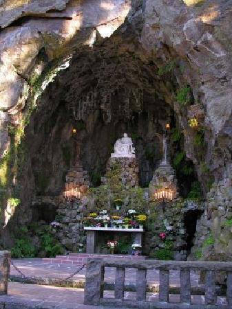 The Grotto - National Sanctuary of Our Sorrowful Mother: The Grotto
