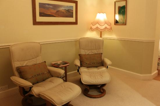 Woodland Crag Guest House: Room 4 - Sitting Area