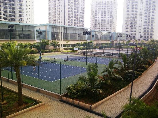 Bangalore Rooms - Whitefield : Tennis courts near Club house