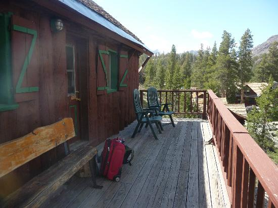 Tioga Pass Resort: huge deck for balcony in motel room 1