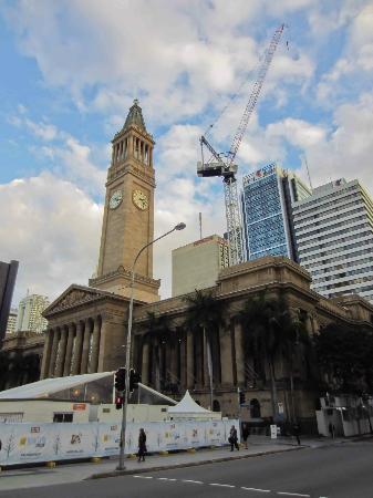 Ann Street: City Hall on Ann St