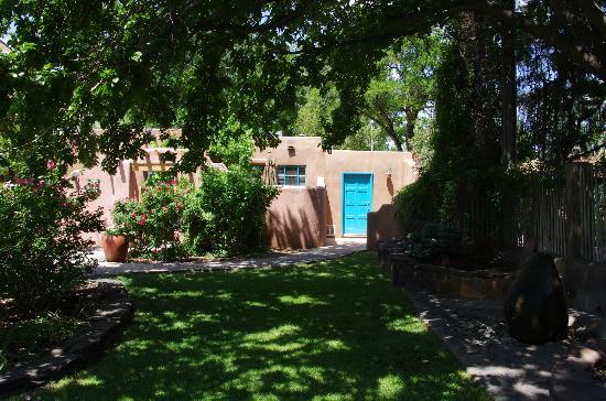 Garden and casitas - Picture of Casas de Suenos Old Town Historic ...