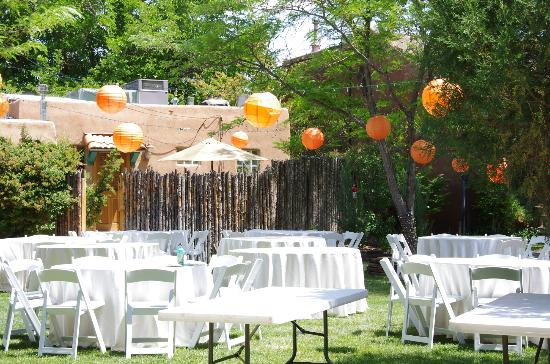 Casas de Suenos Old Town Historic Inn: Wedding reception preparations