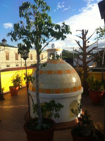 Casa de los Frailes: Un momento de reflexión en el roof garden rico....