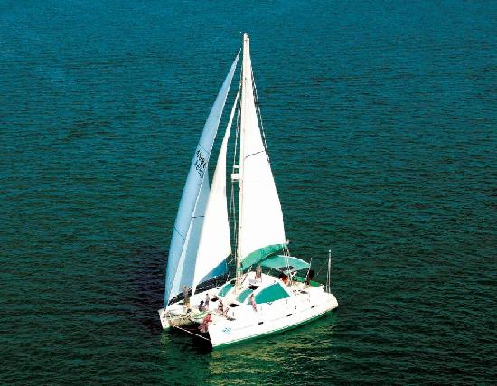 Sarasota Sailing & Power Boat Charters
