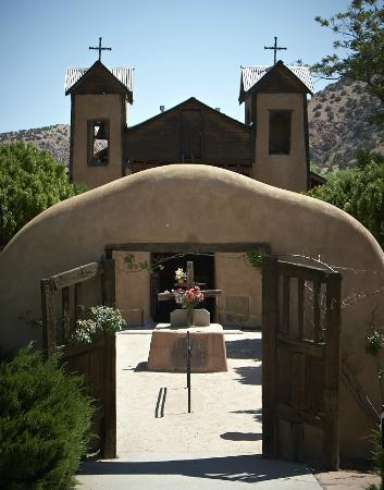 Inn and Spa at Loretto: El Santuario de Chimayo