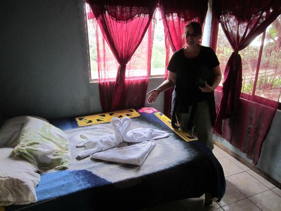 Sleepers Sleep Cheaper Hostel : Downstairs bedroom #10
