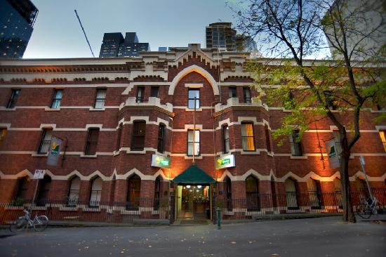 كويست جوردن بليس: Beautiful Historic Building