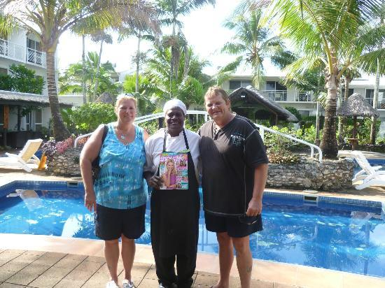 The Melanesian Port Vila: dianne,lucy &tony