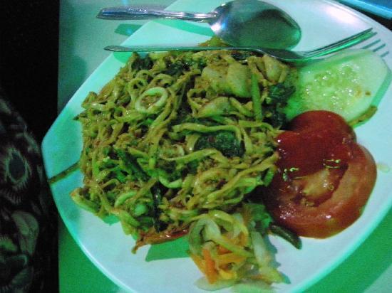 Amaliun Food Court: Delicious food @ Amaliun ...