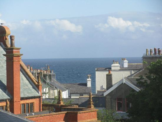 Albany House Bed and Breakfast Peel: View of Irish sea from Fraser Room.