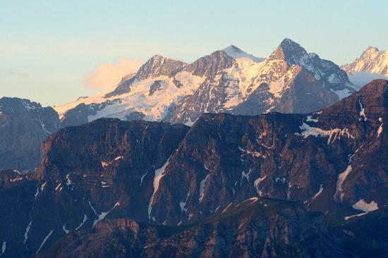 Blick vom Brienz Rothorn auf die Alpen