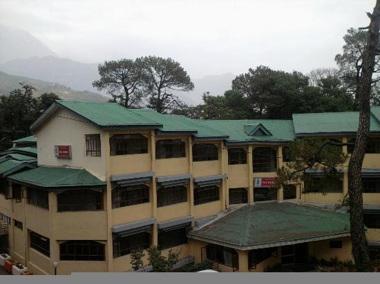 The Kunal: Front view of the Hotel