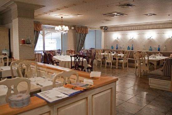 Babushkin Sad Hotel : Ресторан