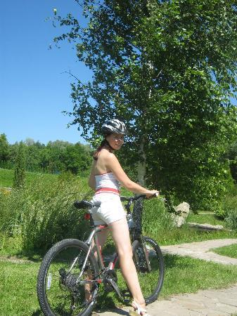 Babushkin Sad Hotel: Велопрогулка