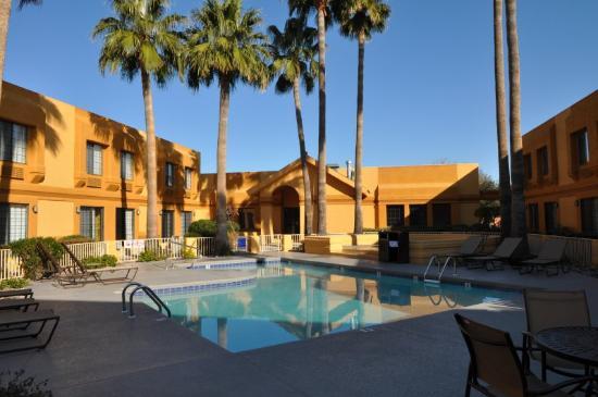 BEST WESTERN Green Valley Inn: Pool