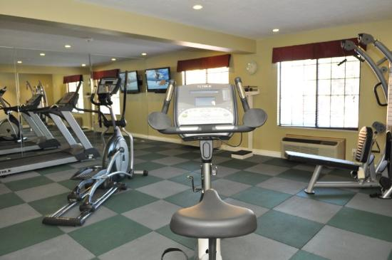 BEST WESTERN Green Valley Inn: 24 Hour Fitness Center