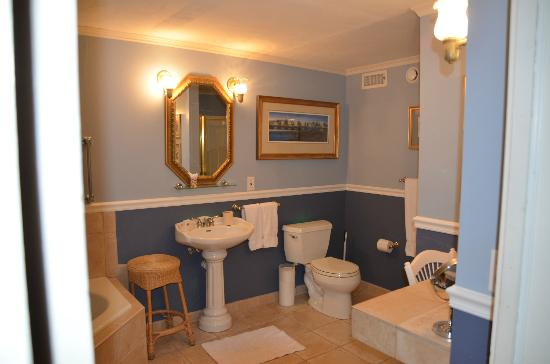 Cuthbert House Inn : Mariner Suite