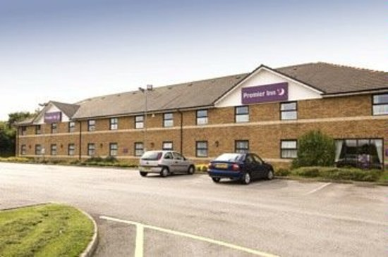 Premier Inn Sheffield/Barnsley (M1 Jct36) Hotel: Hotel Exterior