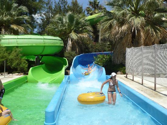 PortAventura Aquatic Park : les toboggans