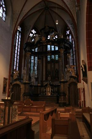 Basilika St. Martin: a little bit closer to the lectern