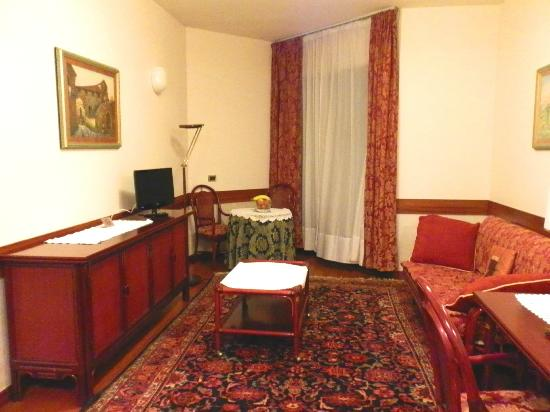 Petrarca Hotel Terme: Гостиная
