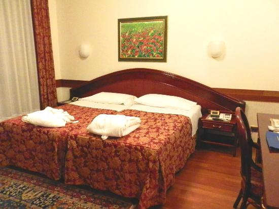 Petrarca Hotel Terme: Спальня
