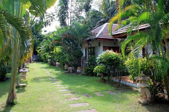 Easy Time Resort: villas