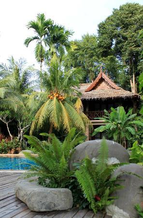 สมเกียรติบุรี รีสอร์ท: hotel area