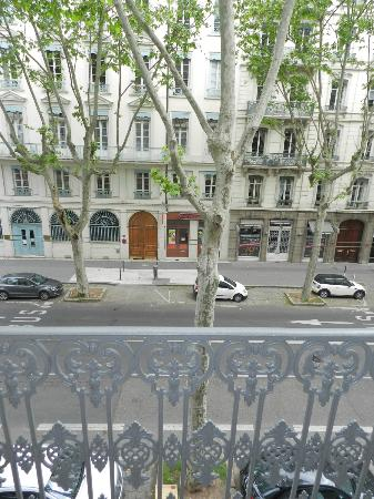 Hotel Foch : view from our window towards street side