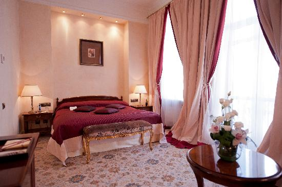 Italian Themed Suite Picture Of Opera Hotel Kiev