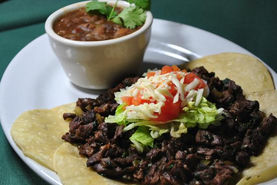 US Bar and Restaurant: beef fajita tacos and charro beans