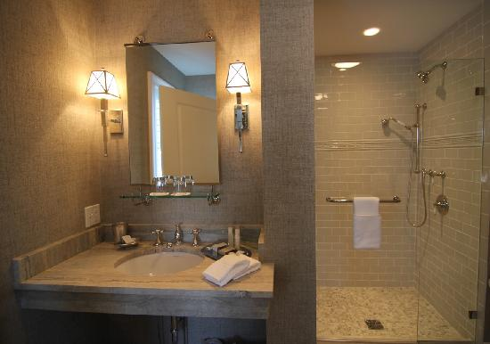 The Grand Hotel: Luxurious Water Works Bathrooms