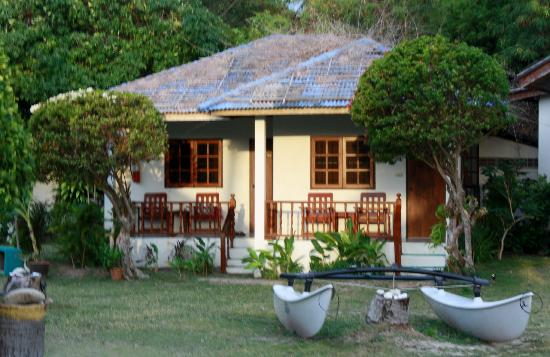 Beck's Resort: Our bungalow
