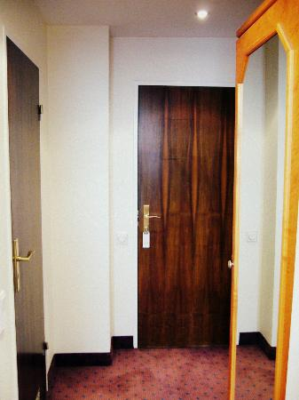 Guennewig Hotel Esplanade: Hallway