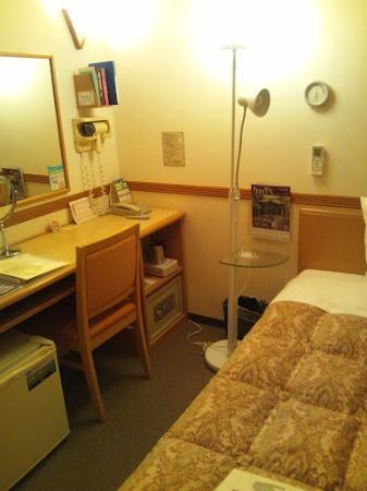 Toyoko Inn Haneda Airport 2: 部屋の中