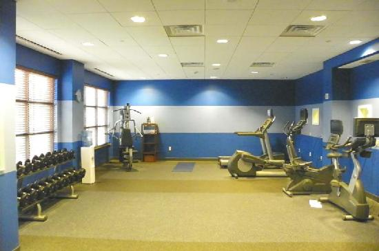 Four Points By Sheraton Oklahoma City Quail Springs: massive gym space, some equipment