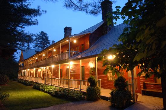 Glen-Ella Springs Inn