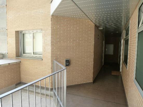 08028 apartments: corridor