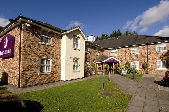 Gresford, UK: Premier Inn Wrexham