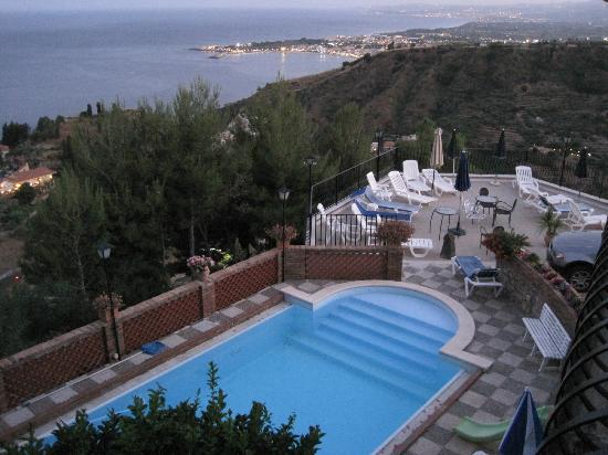 Villa Costanza Bellavista: View of the pool, terrace and bay beyond