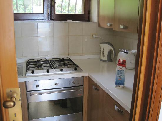 Villa Costanza Bellavista: Kitchen area, Panoramico apartment - small but well equipped