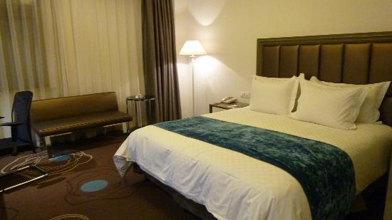 โรงแรมมาร์เวล: Room